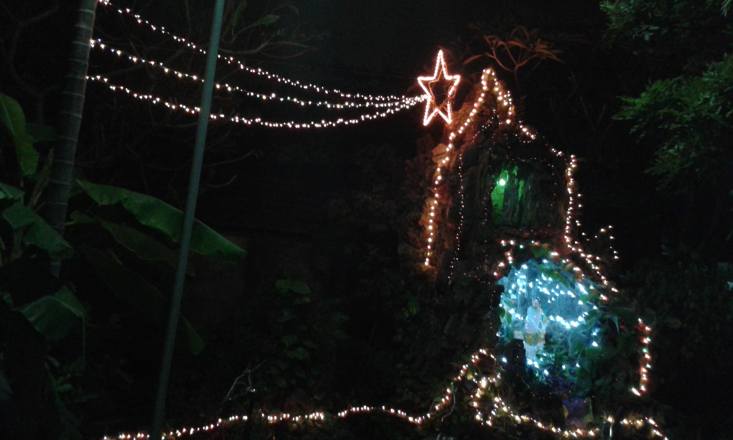 Cập nhật hình ảnh trang trí Noel tại GH Di trạch(17/12/2014)