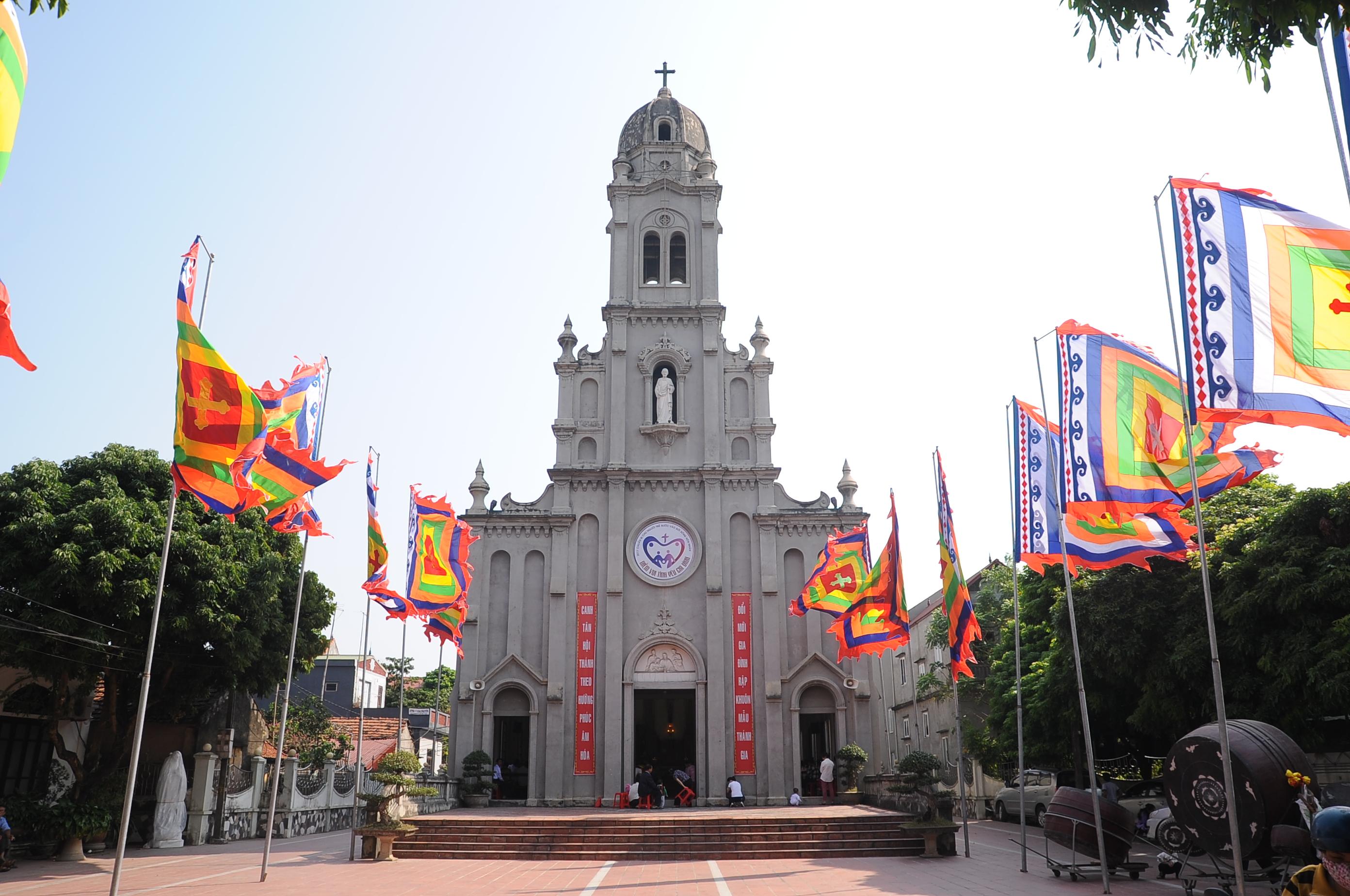 Giáo xứ Thụy Ứng – TGP Hà Nội đón cha Tân Chánh xứ Anton Trần Công Ý, kiêm chánh xứ Giang Xá – Lại Yên