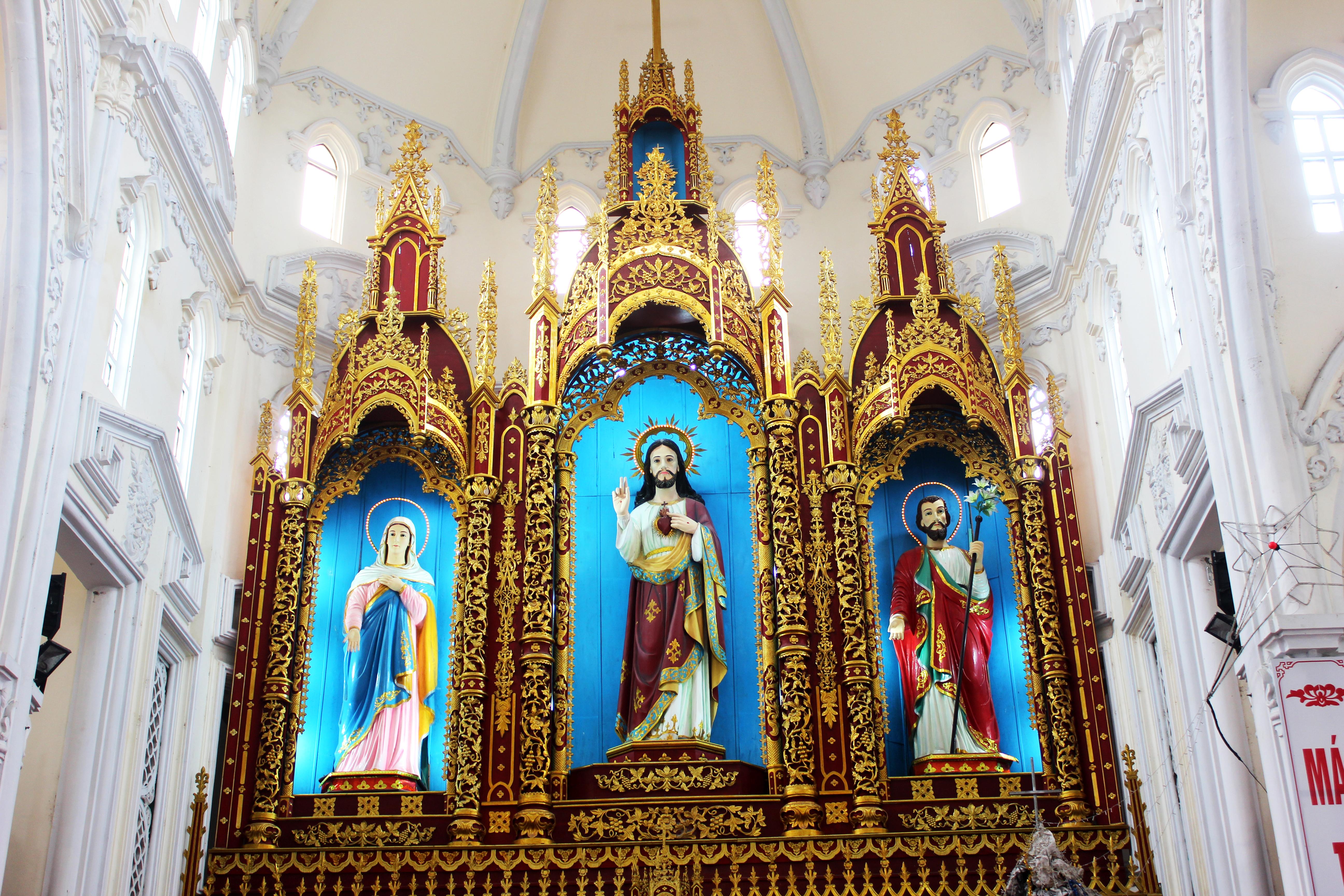 Giáo Xứ Liêu Ngạn – Giáo Phận Bùi Chu Mừng Lễ Quan Thầy Thánh Gia Thất